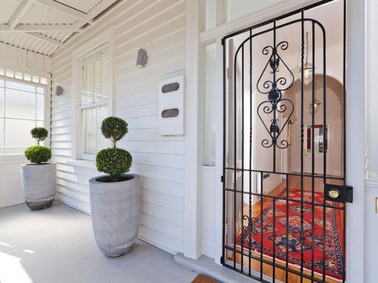 NZ villa entrance