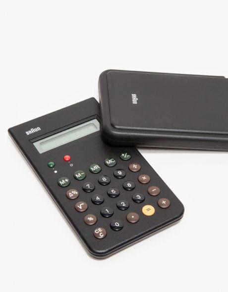 Calculator in Black