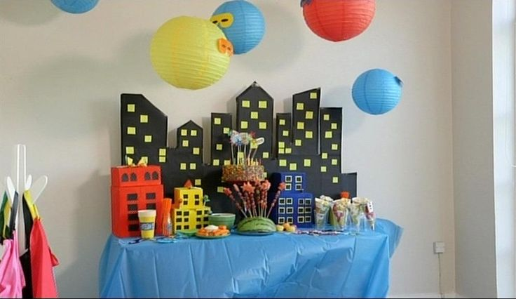 Throwing a Superhero Kids Party