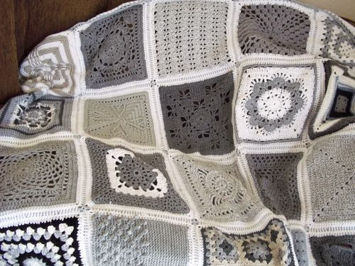 crochet wow. Grey and white. Beautiful: Crafts Crochet Square, Crochet Blankets, Blankets Afghans, Pattern, Crochet Blanket Granny Squares, Colors, Grey