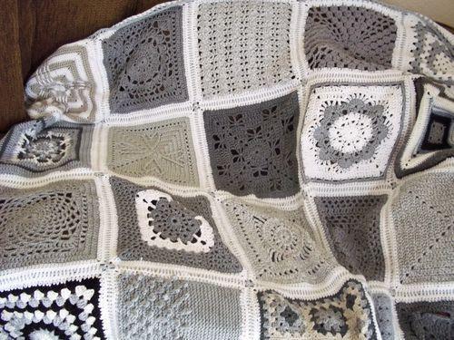 ♥ grey/linen/white color combo ~granny squares