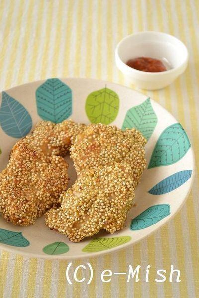 食物繊維とミネラルが豊富なスーパーフード・キヌアを使ったレシピ。プチプチ食感がくせになります♪ - 60件のもぐもぐ - はちみつ味噌チキンのキヌア衣焼き by 柴田真希さん by レシピブログ