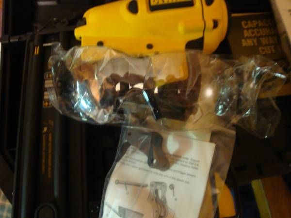 hoodu0027s west alton is offering a new dewalt 18 gauge brad nailer dewalt part never used new in case all parts included a pair of safety glasses