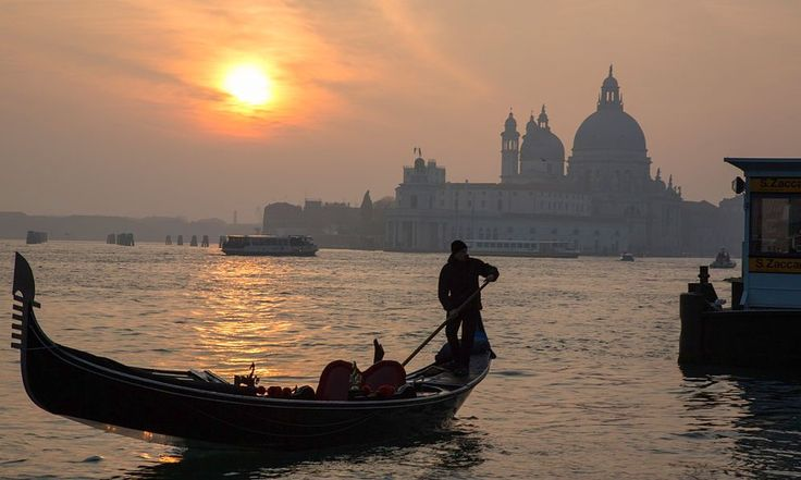 Combine a beach holiday with the magic of Venice right on your doorstep with this October bank holiday five night break to Venice, for only €315!