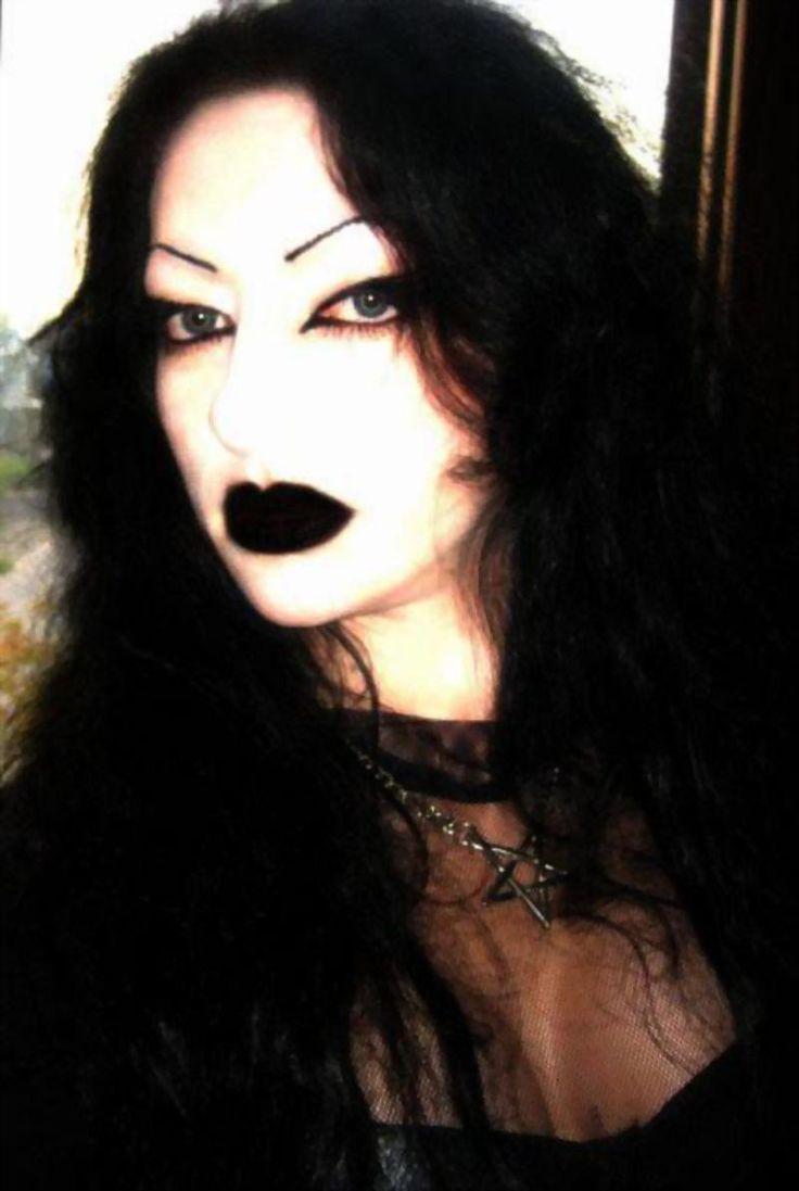Evil lucifera`s vocalist