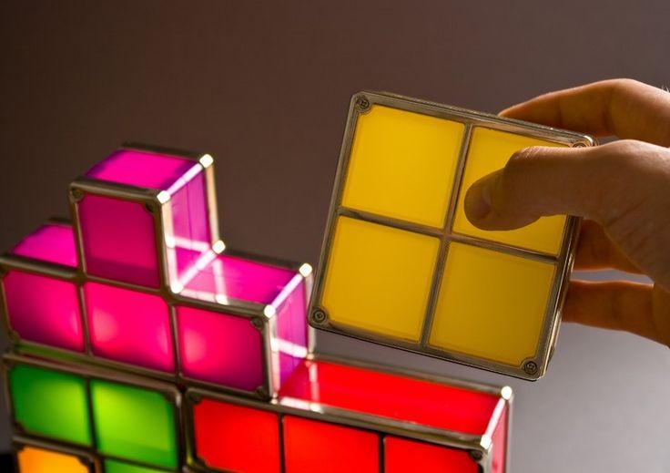 Lampa Tetris — se aprind prin magie nostalgica | Smuff — Magazinul de traznai