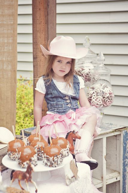 """Photo 22 of 36: Pink Brown Vintage Ponies / Birthday """"Vintage Pony Party""""   Catch My Party"""