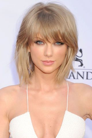 The 36 best celebrity and model lob haircuts to try for summer 2015: Taylor Swift