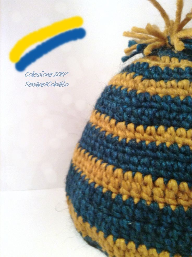 Cappello in lana senape & cobalto con pon pon : Cappelli, berretti di blanka-artigianatoresistente