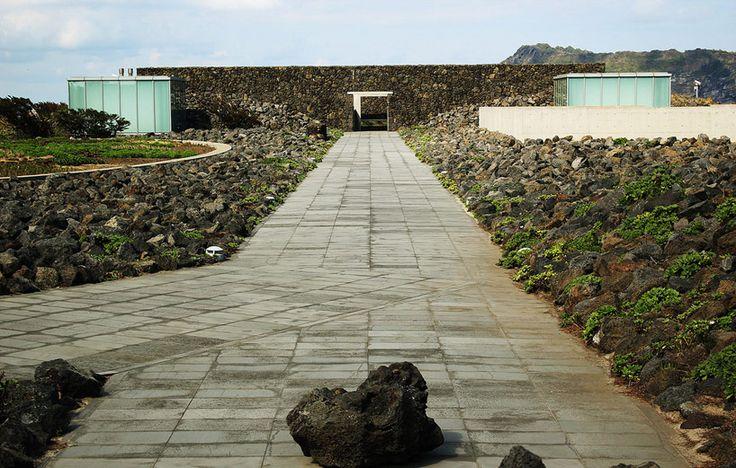 Tadao ando designs genius loci and glass house phoenix - Lakonis architekten ...