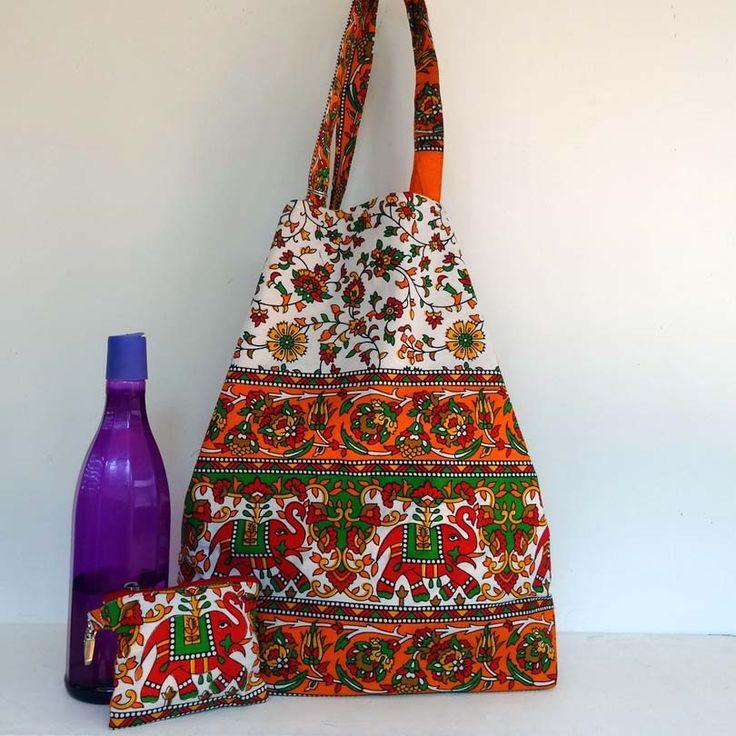Sac cabas en coton blanc, rouge et orange, doublé coton rouge uni . shopping bag : Autres sacs par akka-accessoires