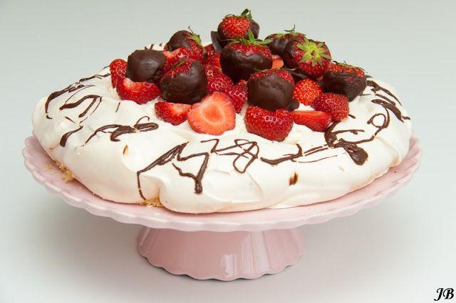 Carolines blog: Pavlova met chocolade en aardbeien