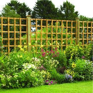 how to fix lattice top fence