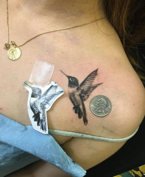 Hummingbird Tattoo on Shoulder by Luis Inda