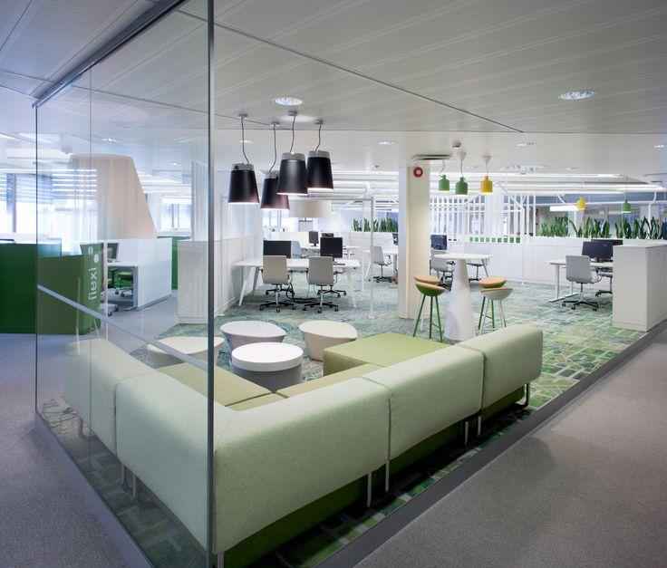 Modernin toimiston sisustus ei tarvitse olla mustavalkoista.