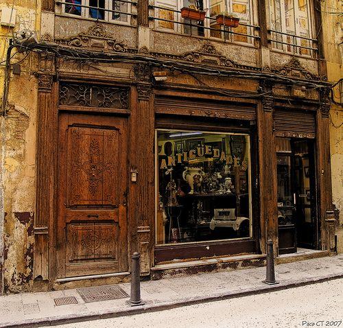 antiques: Furniture Arrangement, Valencia Spain, Stores Front, Antiques Stores, Antiques Furniture, Vintage Stores, Old Building, Wood Doors, Antiques Shops