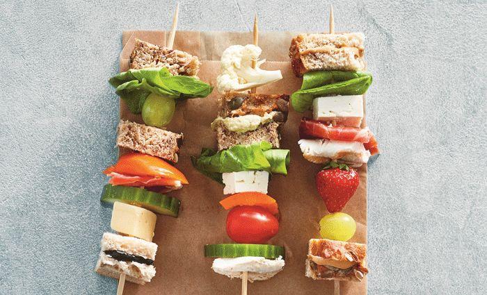 Niks mis met een boterham met pindakaas natuurlijk, maar ben je in een creatieve bui, dan zijn deze supergezonde lunchgerechten zo gemaakt.