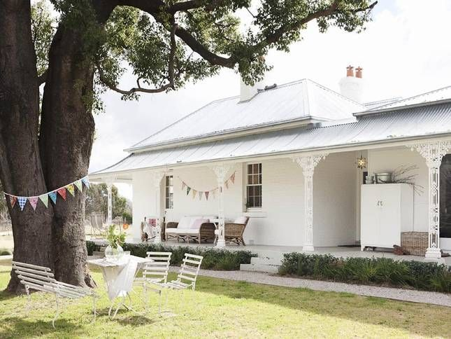Exterior + outdoor bath: Trelawney Farm. A nice place to be.  in Mudgee