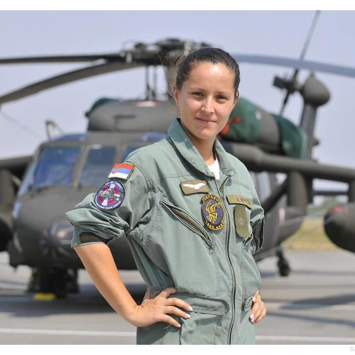 female helicopter pilots in california