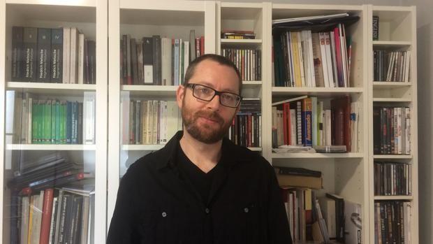 Josep Tornero: «Las imágenes están llenas de fantasmas» http://www.abc.es/cultura/cultural/abci-josep-tornero-imagenes-estan-llenas-fantasmas-201710220116_noticia.html