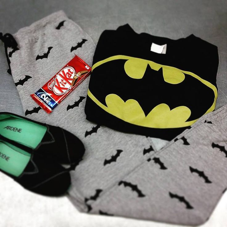 Cold weather? Perfect for curling up in your favourite sweats and watching a movie! #movienight #batman #sweats #iloveplatoskw | www.platosclosetkitchener.com