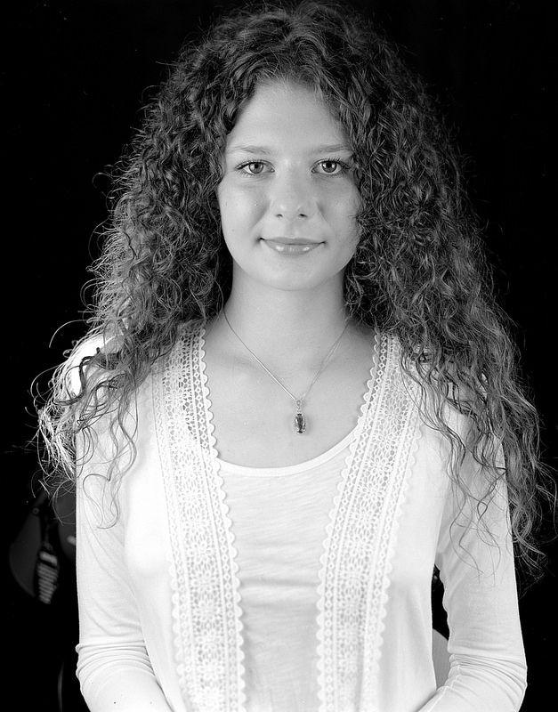 """Curly"" | Black & White | Large Format | 4x5 | Portrait"