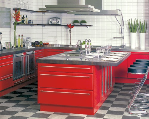 The auto lover in me wants this kitchen.