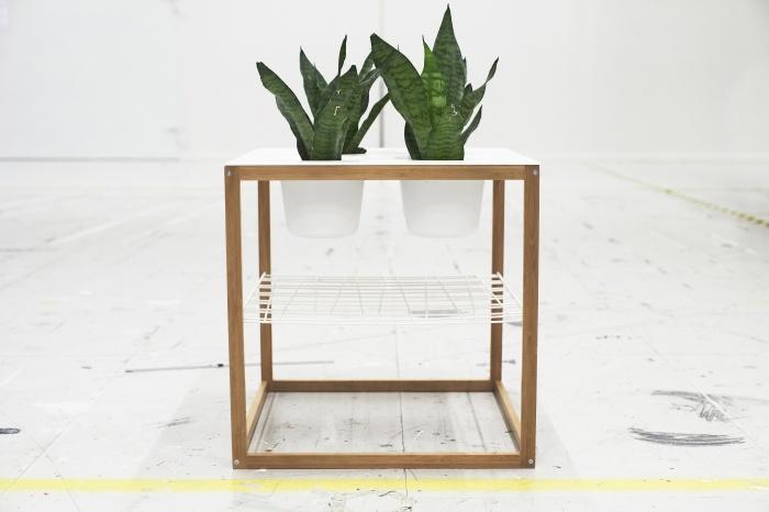 IKEA PS 2012 βοηθητικό τραπέζι με 4 ενσωματωμένα μπολ. Γιατί να μη βάλουμε κασπό με φυτά στη θέση τους; Να μια ιδέα!