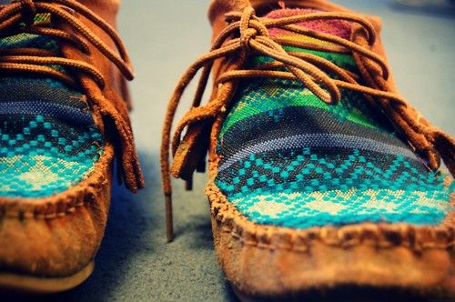 Teal tribal moccasins ♥ I need these!