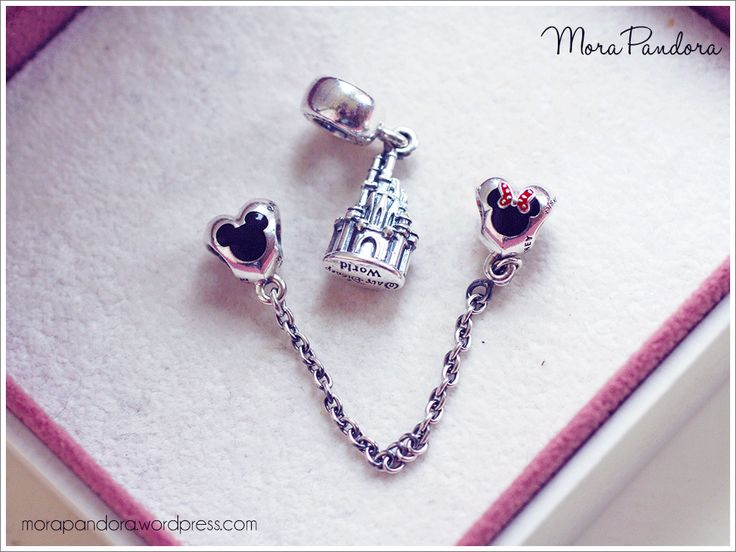Today's post brings my first ever Pandora Disney review, with a closer look at the new Cinderella's Castle dangle and the Mickey & Minnie safety chain from the Disney Parks Spring 2015 collection! These are available only at Disney Parks locations in North America, or online from the US Disney store. These were my two … Read more...
