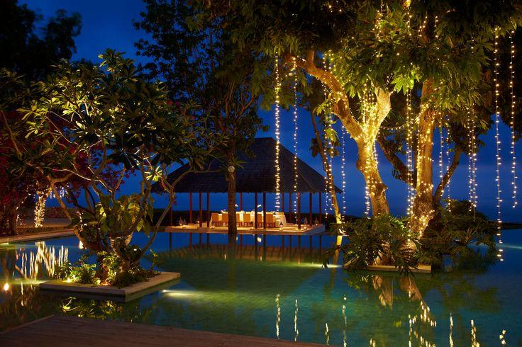 Twilight outdoor dining area #tirtha #bridal #uluwatu #bali