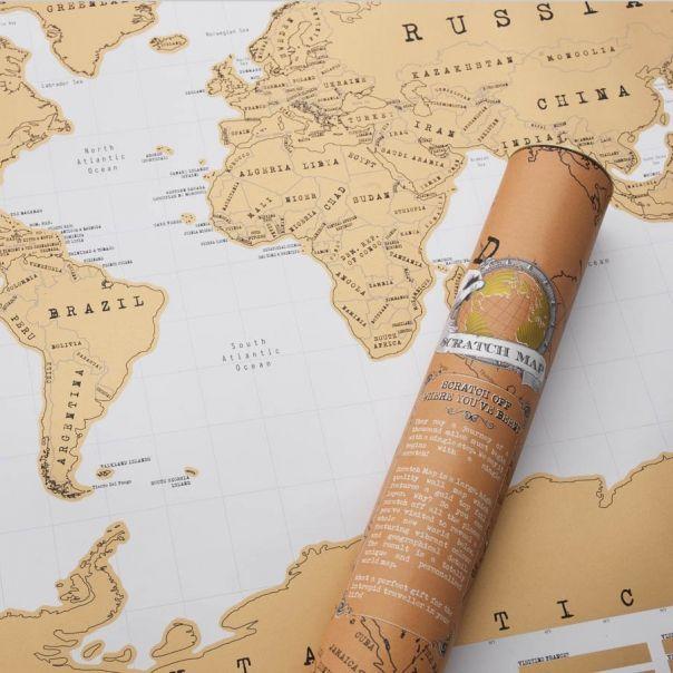 Scratch map : Mappemonde à gratter par Luckies - une idée cadeau dénichée par Georges sur AlloCadeau.com -