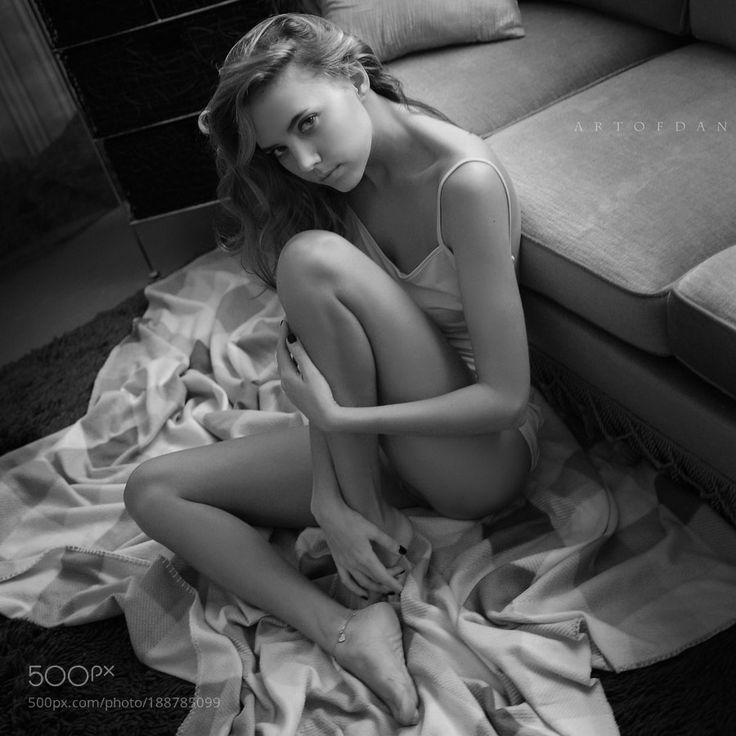 my secret feelings - Pinned by Mak Khalaf thank you very much to my beautiful model - Katya Clover Fashion beautyeyeslightbeautifulblack and whiteglamourfashionemotionsbodyfemaleprettymodelartfacenudeblackhairsexyyoungeroticnakedsensualfeelingsnudeartartofdaneroticartavailablelightonlyartofdansworld by Artofdan