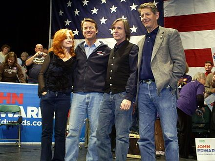 John Edwards with Bonnie Raitt, Jackson Browne, and Peter Coyote at a campaign event in Manchester, New Hampshire