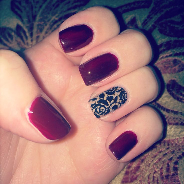 Fall / Autumn nails. Accent nail has stamp design with roses.