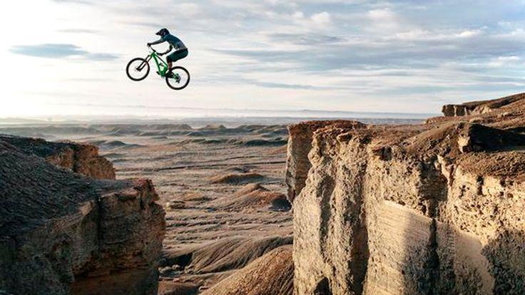 Mountain Bike Downhill Mountain Bike Racing Video Http