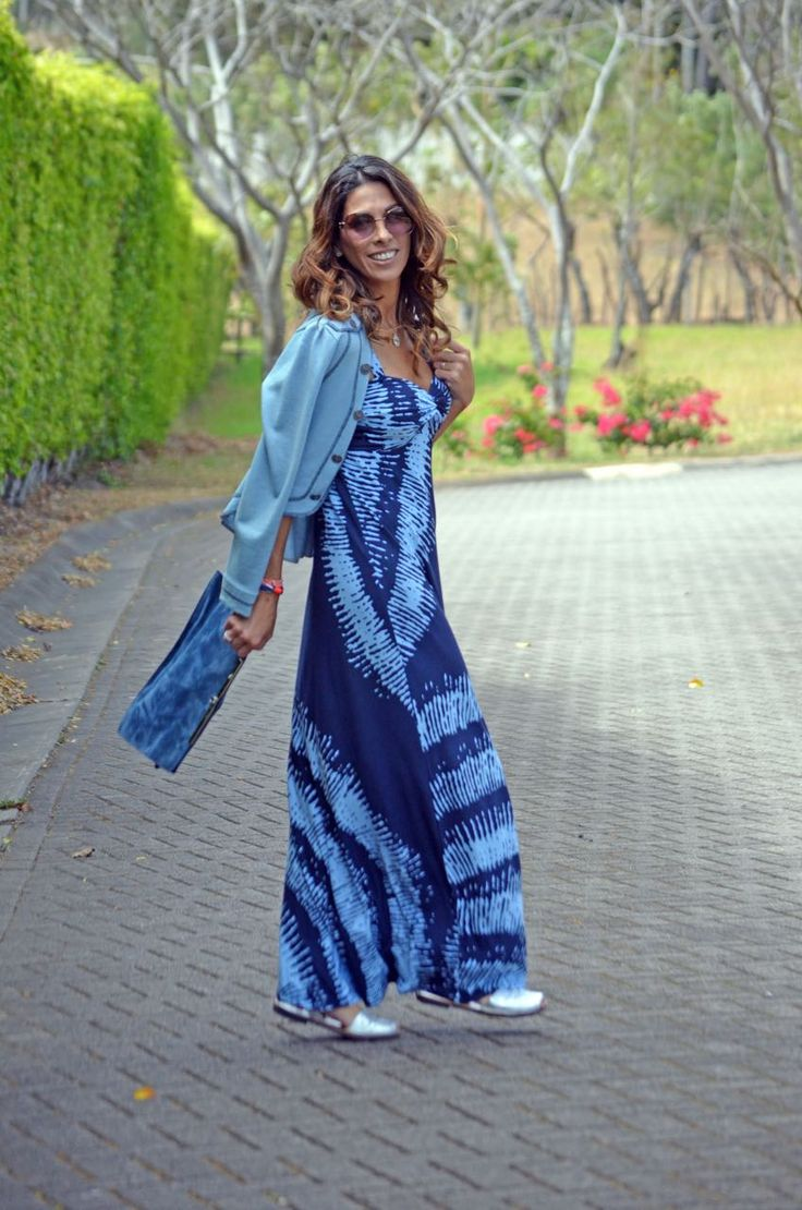 The Throw it on Dress palacio_moda_tommybahama_ayres_parfois_avarcapons_blue_hilasadejewerly