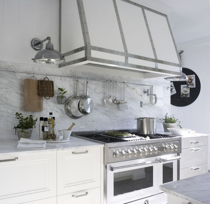 Extractor De Baño Potente:Zona de cocción La campana es un diseño exclusivo de Deulonder #