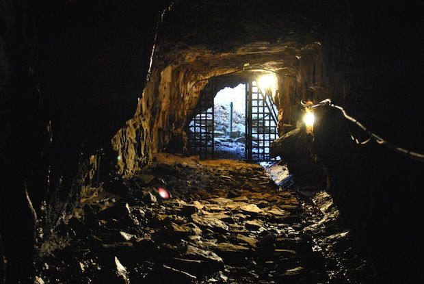 The haunted Bell Witch Cave in Tennessee is supposedly plagued by menacing voices and elusive faces.