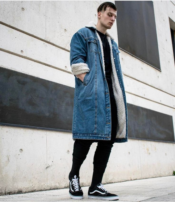 3,627 vind-ik-leuks, 17 reacties - BEST OF STREETWEAR (@bestofstreetwear) op Instagram: 'Follow @hypedhaven | Drop your comments below #BestOfStreetwear Outfit by @misho_amoli ✅ Coat -…'