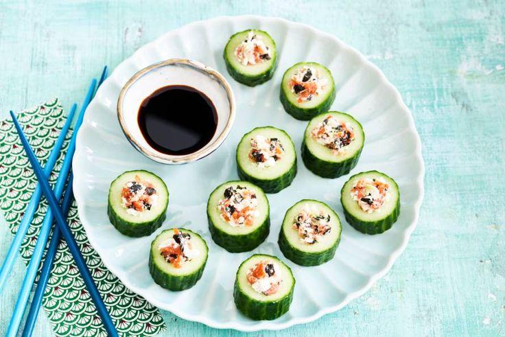 Een frisse sushi die je als hapje of bij de brunch kunt serveren.- Recept - Allerhande