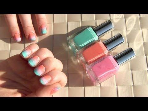 Ombre sponge nailart tutorial http://www.beautygloss.nl/2013/03/16/filmpje-ombre-sponge-nailart-tutorial/