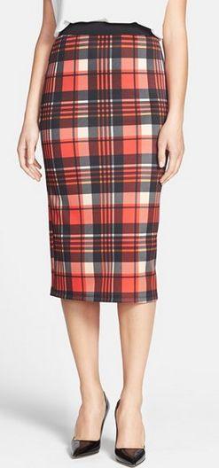 Plaid midi skirt http://rstyle.me/n/sayaznyg6