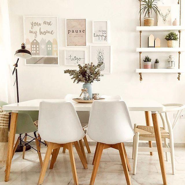 Chaises Design Blanches Avec Pieds Bois Lot De 2 Pauline En 2020 Table De Cuisine Pliante Chaise Design Et Meuble Design