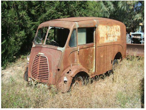 Morris J Type Vans