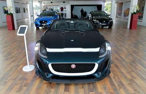 Jaguar F-Type Project 7 распродали по предзаказам. Ограниченный тираж родстера Jaguar F-Type Project 7 уже распродан в Великобритании по предварительным заказам. Об этом сообщает Autocar со ссылкой на источники внутри компании. 575-сильный Jaguar F-Type Project 7 стоимостью в 135 тысяч фунтов стерл