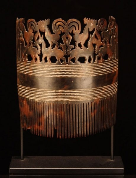 East Sumba (Indonesia), Hai Kara Jangga (Noble Women's Hair Comb), tortoiseshell, c. 1900