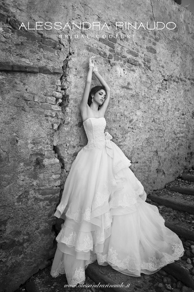 Sophie www.alessandrarinaudo.it #nicolespose #weddingdress