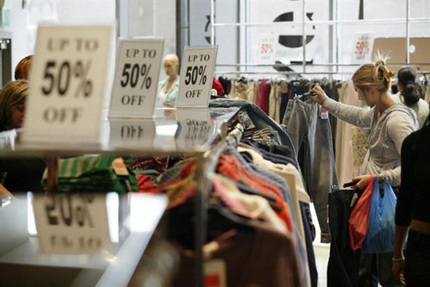 Guía de outlets: te mostramos los mejores lugares para comprar ropa barata Para encontrar buenas prendas hay que revolver, pero el que busca encuentra. Foto:Corbis