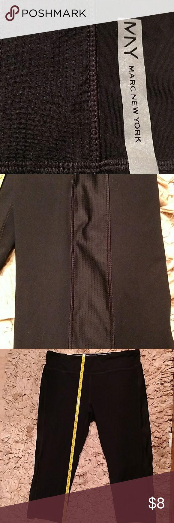 Andrew Marc New York Yoga Capri Jogger Leggings XL Andrew Marc Sz XL Black 80% Nylon 12% Spandex Capri Jogger Leggings.   EUC... Worn maybe 2x. No signs of piling. Plenty of love to give!  :)  Xo Andrew Marc Pants Capris